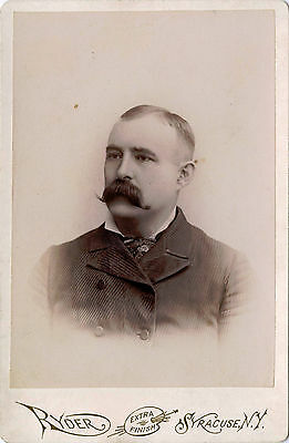 Antique Cabinet Photo Portrait Of A Man With Mustache & Syracuse, N. Y . Studio