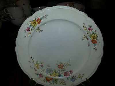 """Dinner Plate in the Kno455 pattern by Edwin Knowles 10"""""""