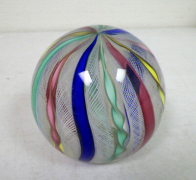 MURANO ART GLASS VINTAGE ROUND PAPERWEIGHT WITH RIBBON DESIGN