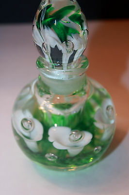 JOE ST CLAIR PAPERWEIGHT PERFUME BOTTLE WHITE LILLIES  GREEN BACKGROUND VINTAGE