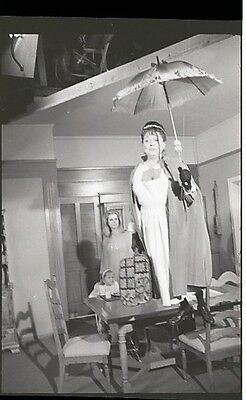Elizabeth Montgomery Hermione Baddeley On Set Bewitched 1966 Abc Photo Negative