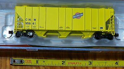 BLMA Models N #11070  (Rd #95641) CNW (Yellow) PS-4000 Covered Hopper