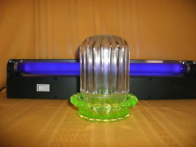 RESTAURANT CANDLE LAMP W/VASELINE BOTTOM & CLEAR TOP