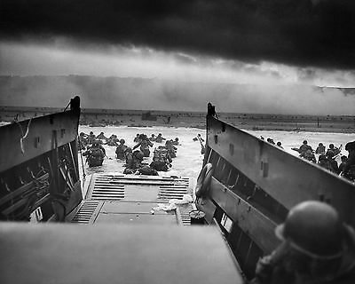 D-Day - Landing in Normandy / June 6, 1944 8 x 10 GLOSSY Photo Picture