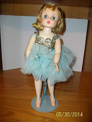 Vintage 1950's Madame Alexander 15 inch Elise Doll in Original Tagged Outfit A
