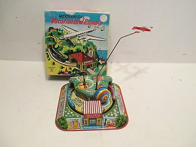 VACATIONALAND EXPERSS WIND-UP MINT IN BOX MADE IN JAPAN