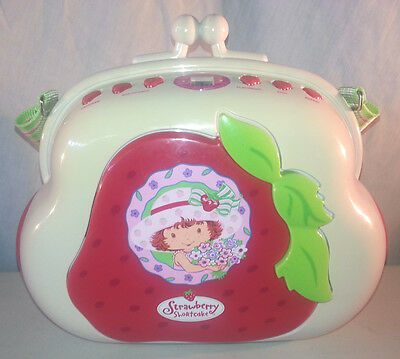 Strawberry Shortcake Pocketbook CD Player AM/FM Radio Boombox