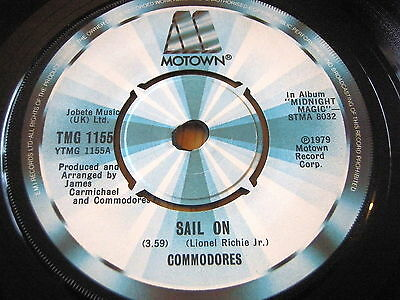 "Commodores - Sail On     7"" Vinyl"