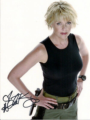 Amanda Tapping/Samantha Carter STARGATE SG-1 Autograph Photo with COA (SGAU-008)