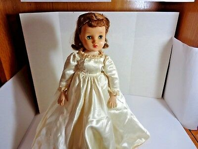 Vintage 1950's Madame Alexander 15 inch Elise Doll in Original Tagged Outfit B