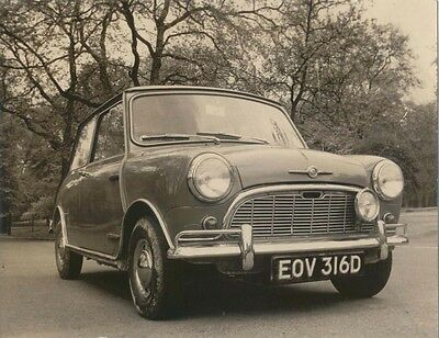 Morris Mini EOV 316D period Photograph