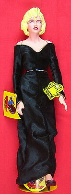 Madonna 1990 doll from Dick Tracy with metal doll stand FLAWLESS PRISTINE MINT