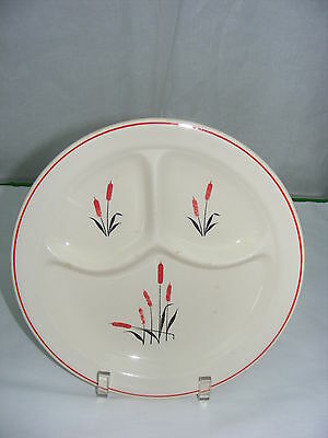 """Vintage Universal Cambridge China Red Cattail 10"""" Divided Grill Plate"""