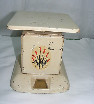 Vintage Universal Cambridge China Red Cattail 25# Scales Weight Machine