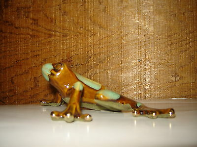 Stoneware Tree Frog w/Gold Luster