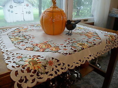 """Embroidered Autumnal PUMPKIN PATCH 36"""" Square Table Topper Tablecloth"""