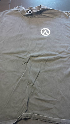 Official Half Life Opposing Forces T-shirt. Size XL