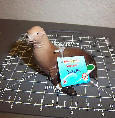 Safari Ltd #27420 sea lions Figurine - 3 inches long, beautiful collectible