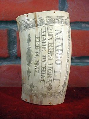 Nice! HANDMADE RUM HORN Scrimshaw 1987 CARVED CUP Wooden Bottom RE ENACTMENT