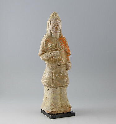 Tang pottery soldier