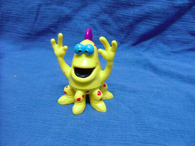 Wendy's Yellow Alien Mix-Up. Applause.