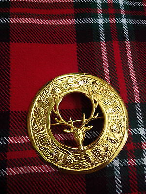 T C Men's Kilt Fly Plaid Brooch Stag Head Gold Plated/Kilt Fly Plaid Brooches 3""