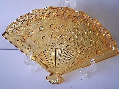 LG Wright Vtg Amber Color Daisy and Buttons Glass Fan Shape Candy/Serving Dish