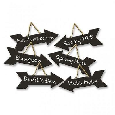 Halloween Direction Signs with Chalk Effect Hanging Decorations x 6