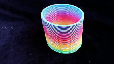 Large Rainbow Spring Spring Slinky Fun Kids Toy Magic Stretchy Bouncing New