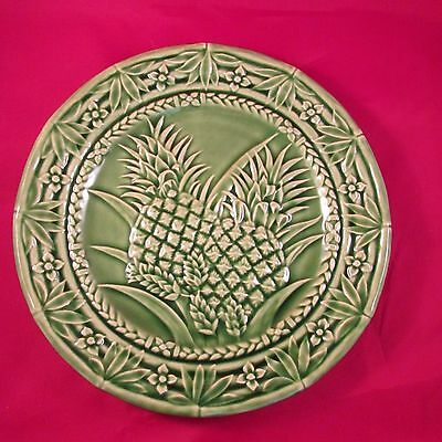 JAY WILLFRED GREEN PLATE MADE IN PORTUGAL BARDALLO PINHEIRO  PINEAPPLE