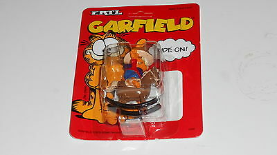 ERTL GARFIELD Cowboy Rocking Horse Ride On Diecast Metal sealed on creased card