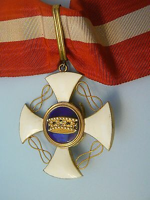 ITALY KINGDOM ORDER OF THE CROWN COMMANDER,in gold and superb enamels