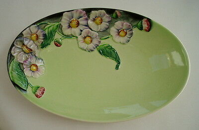Carlton Ware - Bowl or Dish with Poppies or Daisy on Green Ground - Lovely