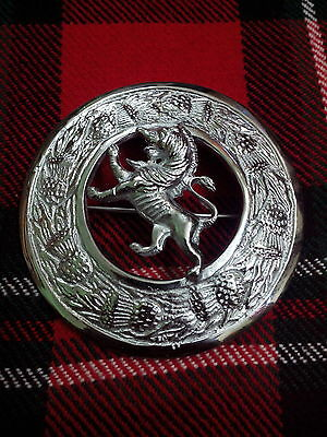 Kilt Fly Plaid Brooch Lion Rampant Thistle Border Chrome Finish/scottish Lion
