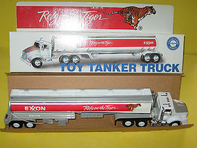 SEALED  EXXON  Toy  Tanker Truck -Lights & Dual Sound in orig box