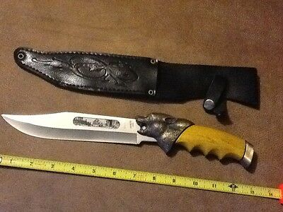 COLLECTOR'S KNIFE WITH S/STEEL BLADE & LEATHER SCABBARD