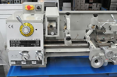 1HP Geared Head Metal Lathe, 240V, 250x500mm with Power cross feed