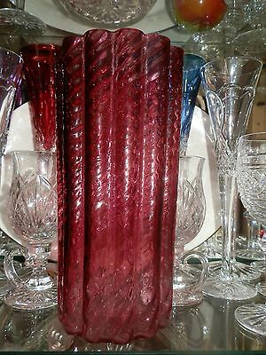 BEAUTIFUL CRANBERRY IONIC VASE by PILGRIM GLASS with ORIGINAL BOX