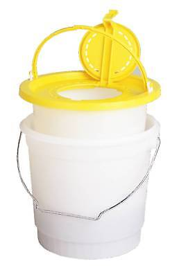 Frabill 700 Bait Bucket With Interior Minnow Trap - Made in U.S.A.