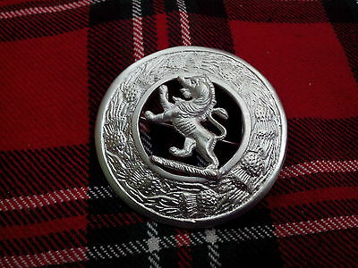 New Scottish Lion Rampant Kilt Fly Plaid Brooch Silver Finish/Fly Plaid Brooches