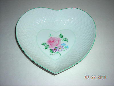 White Heart Shaped Dish w/Floral Center - Andrea by Sadek