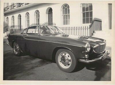 Volvo P1800 Press Photo? next to railings location unknown