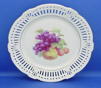 Dessert Wall Plate Schwarzenhammer SCH20 Fruit Center #6 Grapes Pierced Rim