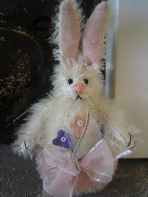 Deb Canham Mallow Bunny with Roly Poly Bottom