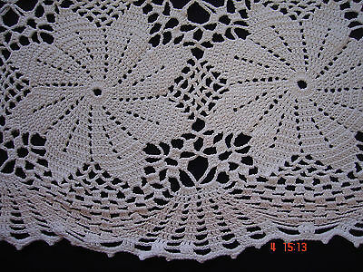 GREAT Hand Crocheted Doily Table  Cloth Runner Vintage