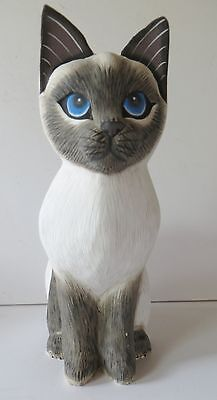 """8.5"""" REALISTIC SIAMESE  CAT WOOD FIGURINE, SIGNED BY ARTIST!"""