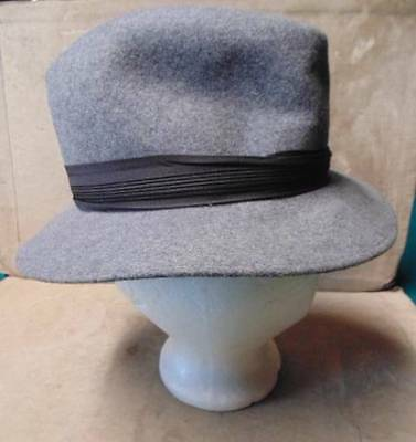 Vintage Mens FEDORA Style Hat Grey Wool Size Small Black Band Accent Made USA ~~