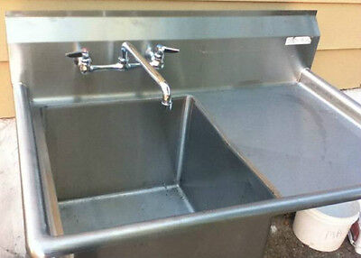 Brand New Restaurant commerical STAINLESS SINK with faucet
