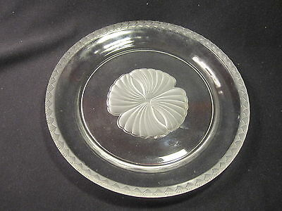 "Fostoria Captiva Shell 10"" Dinner Plate Clear & Frosted Excellent"