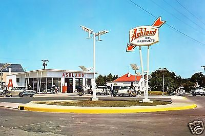 ASHLAND OIL GAS PRODUCTS STATION 1950's CARS PLYMOUTH BUICK PONTIAC ATTENDANTS
